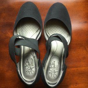 Black wedge flex strap dress shoes 7.5